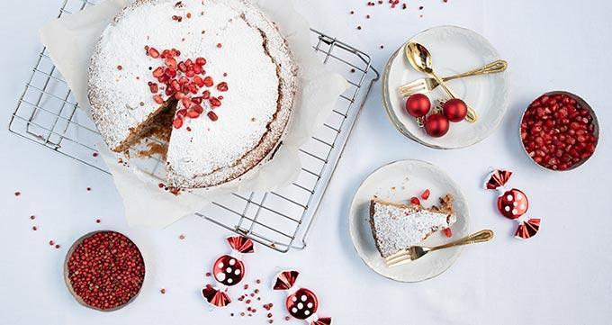 مواد لازم پخت کیک انار