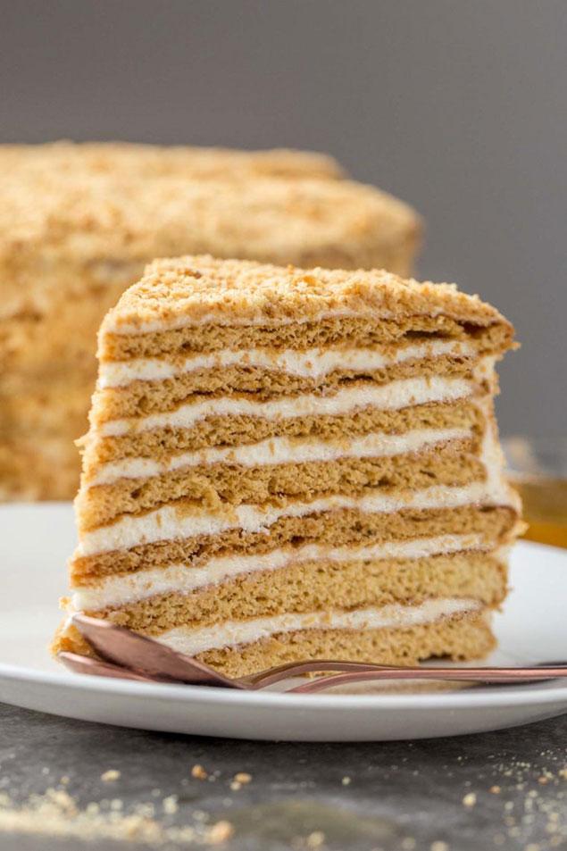 مراحل طرز تهیه کیک مدوویک