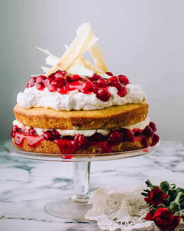 روش تزیین کیک گیلاس