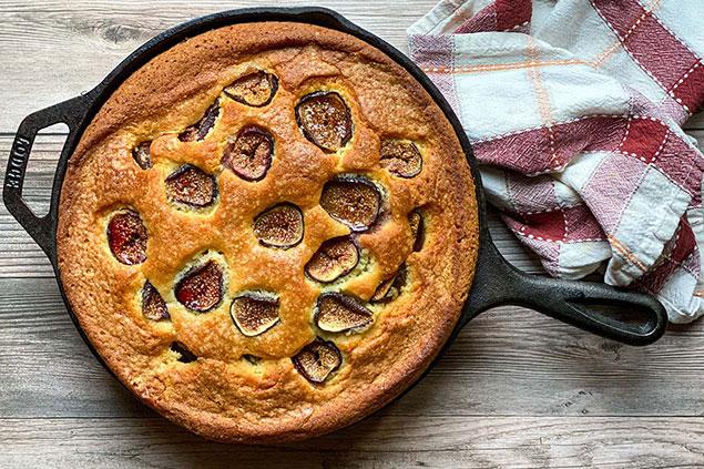 مواد لازم برای تهیه کیک انجیر خوشمزه