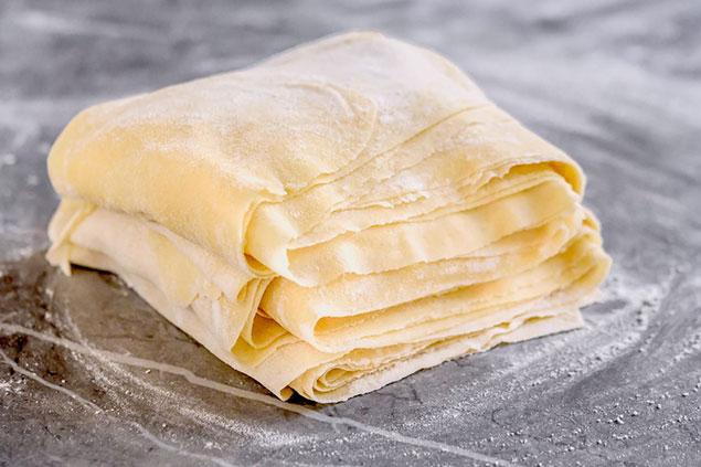 مواد مورد نیاز برای تهیه خمیر باقلوا