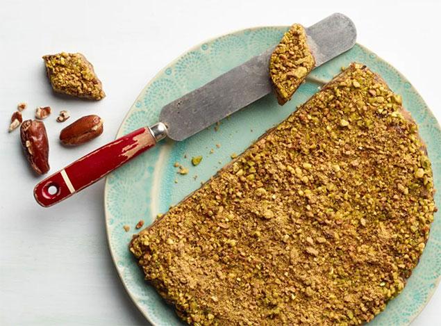 توجه به نکات ضروری هنگام تهیه مواد اولیه حلوا خرمایی