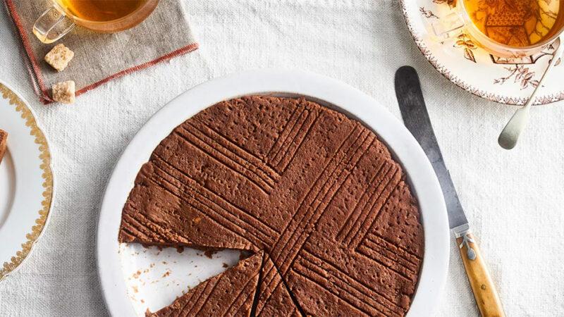طرز تهیه کیک حلوا چگونه است؟