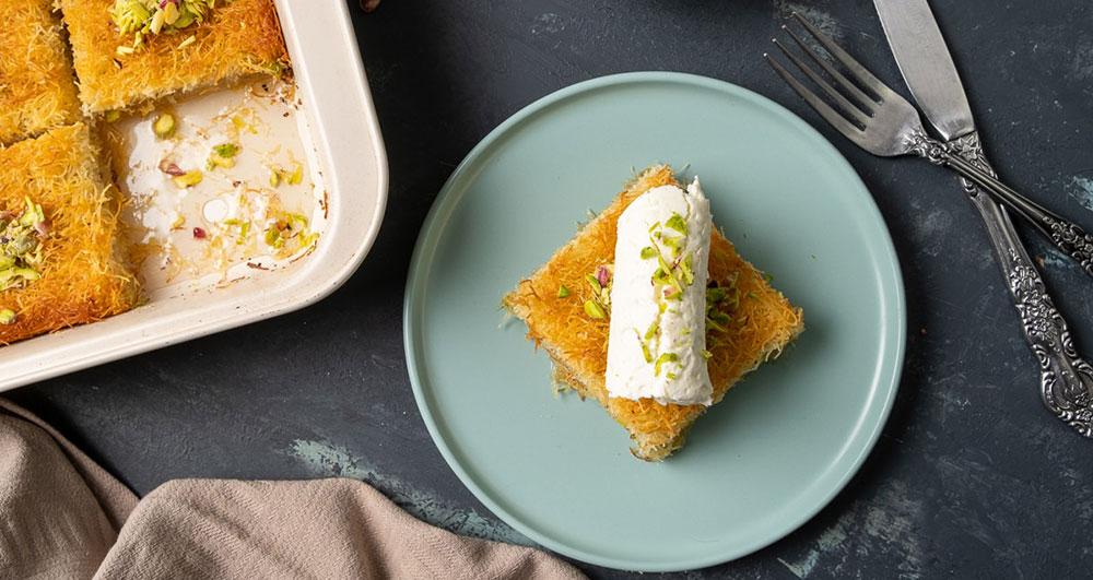 طرز تهیه کیک کادایف چگونه است؟