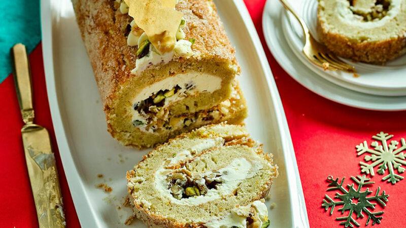 طرز تهیه رولت پسته شیرینی چگونه است؟
