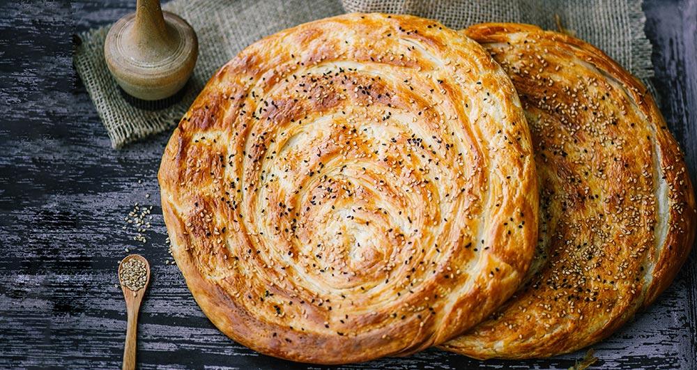 طرز تهیه نان قتلمه چگونه است؟