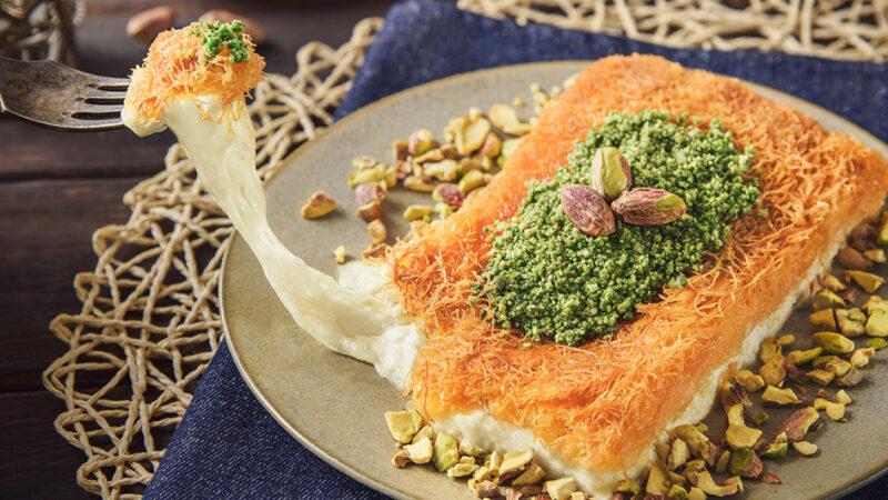 مراحل طرز تهیه ساندویچ کنافه فوری ماه مبارک رمضان