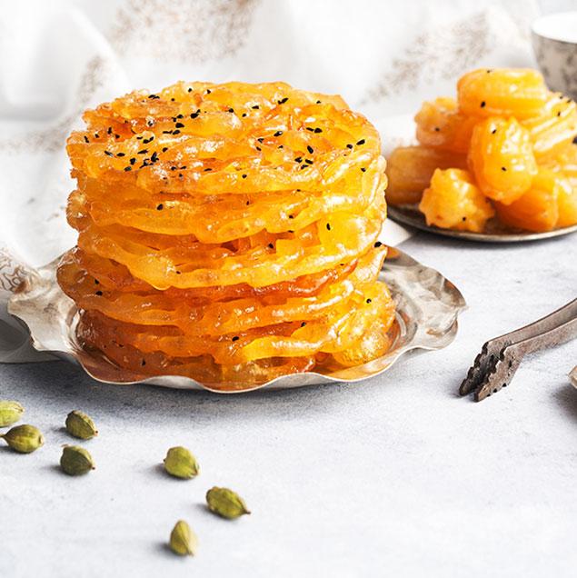 مرحله هفتم تهیه زولبیای مخصوص پنیری